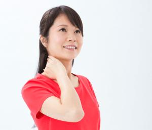 【症例報告・重力首伸ばし】1週間で姿勢が改善し、毎日続けたら首の脊柱管狭窄症を改善できた