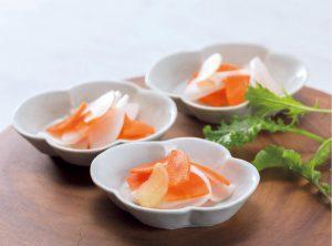 【狭窄症対策レシピ】ショウガとニンジンとダイコンの浅漬け
